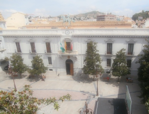 Balcony view of Plaza del Carmen